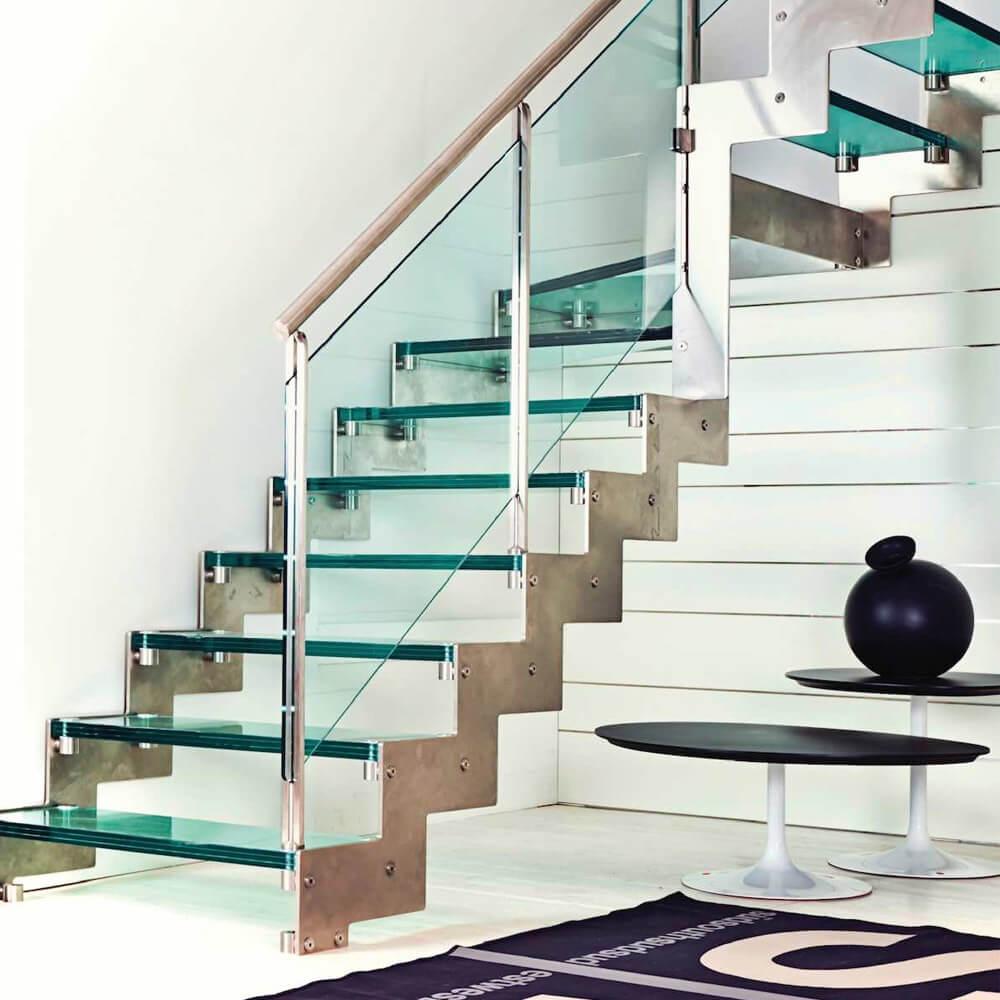 Лестницы со стеклянными ступенями