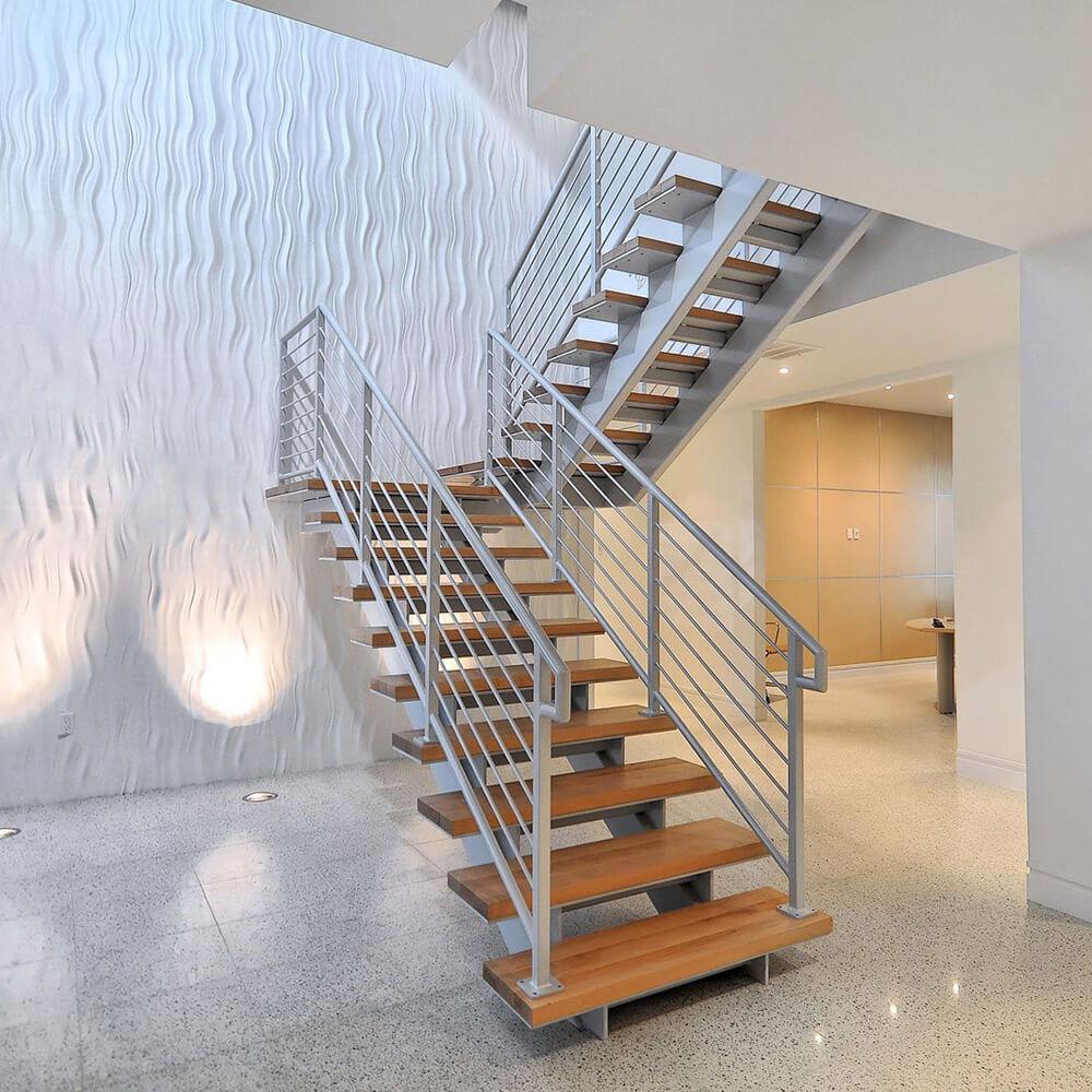 Лестницы на металлическом каркасе от компании Альянс Пермь